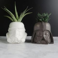 Death Vader von Star Wars als Blumentopf.